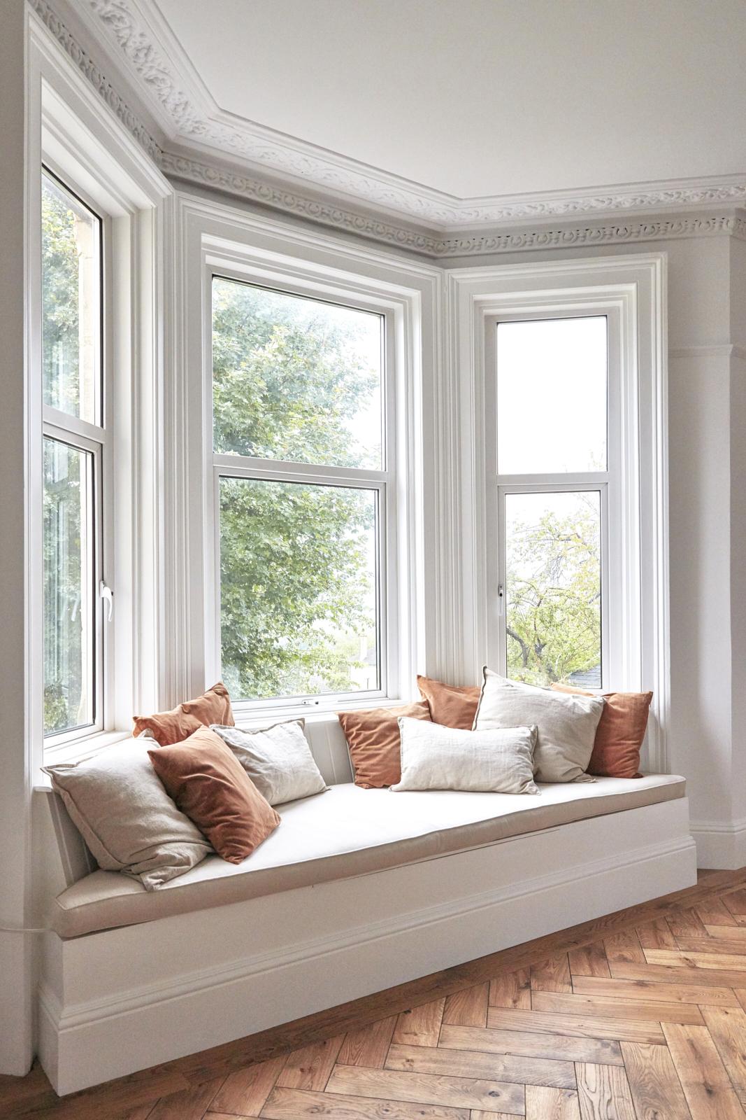 Belle Vue Georgian apartment original window seat