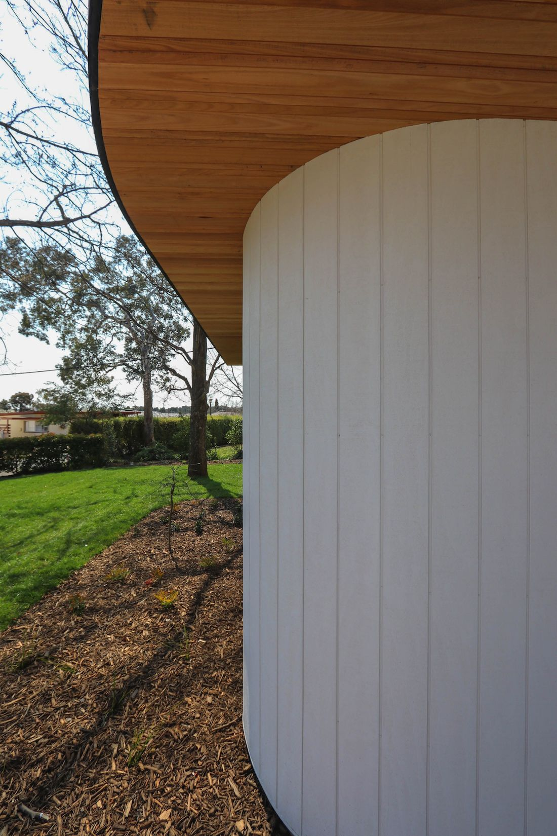Curved features of Ribbon House