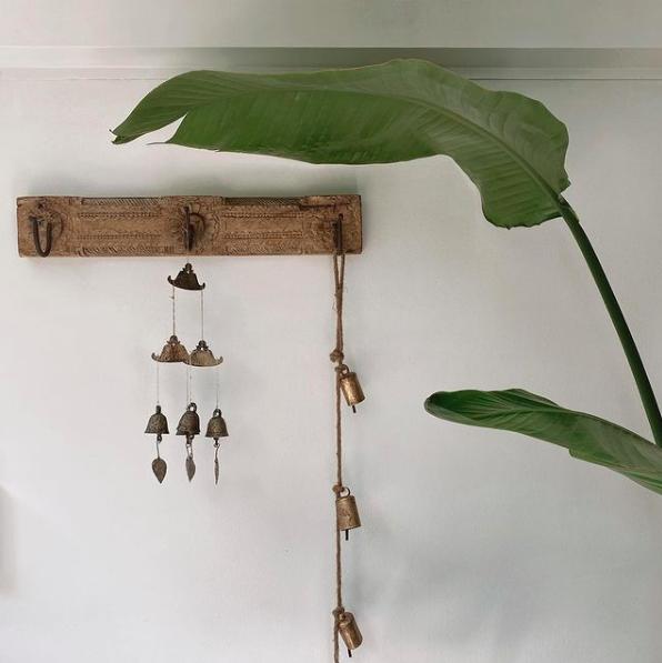 Wooden wall hook_outdoor vignette