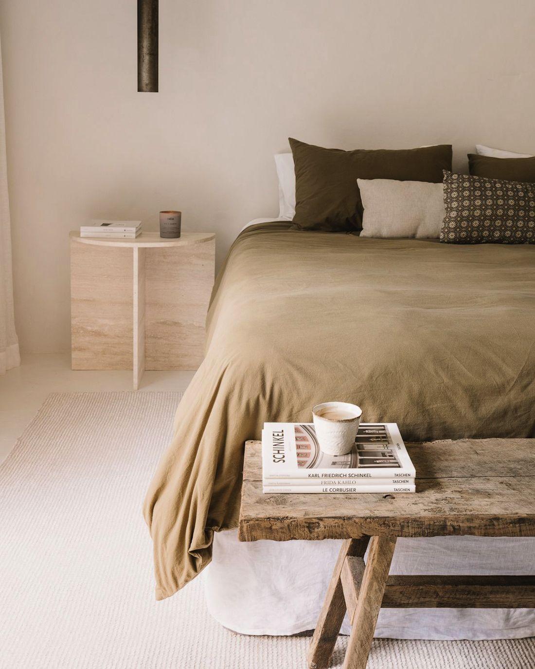 Rustic natural bedroom