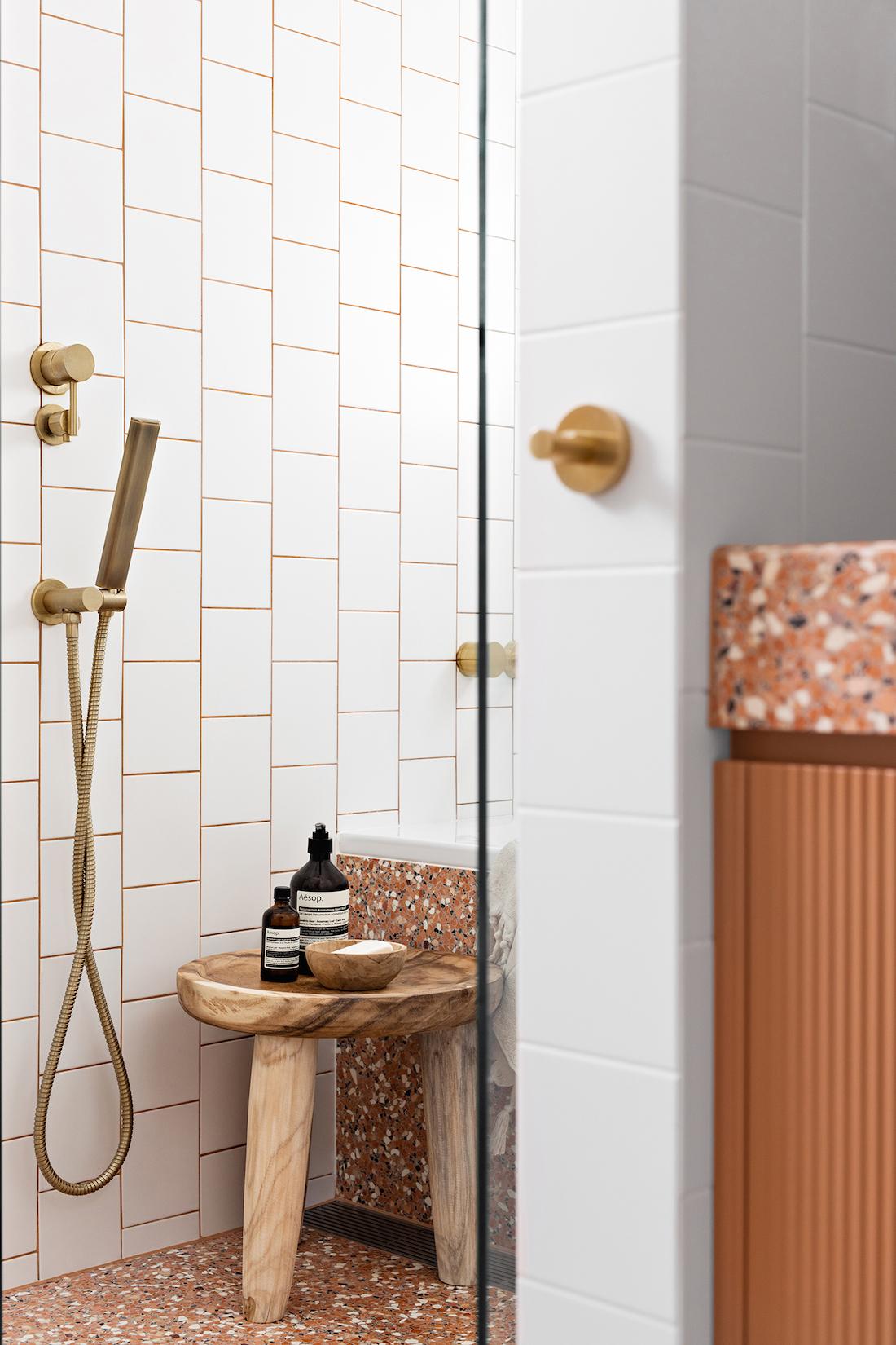 White and red bathroom with Fibonacci Stone terrazzo Fatima's Reflection