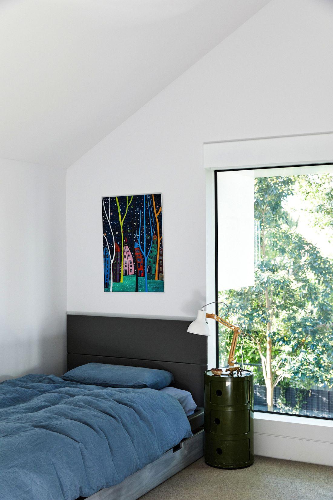 Light and bright tween boys bedroom
