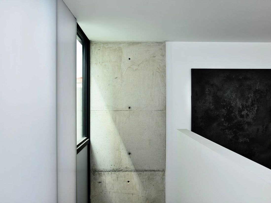 Raw concrete wall in Fitzroy House
