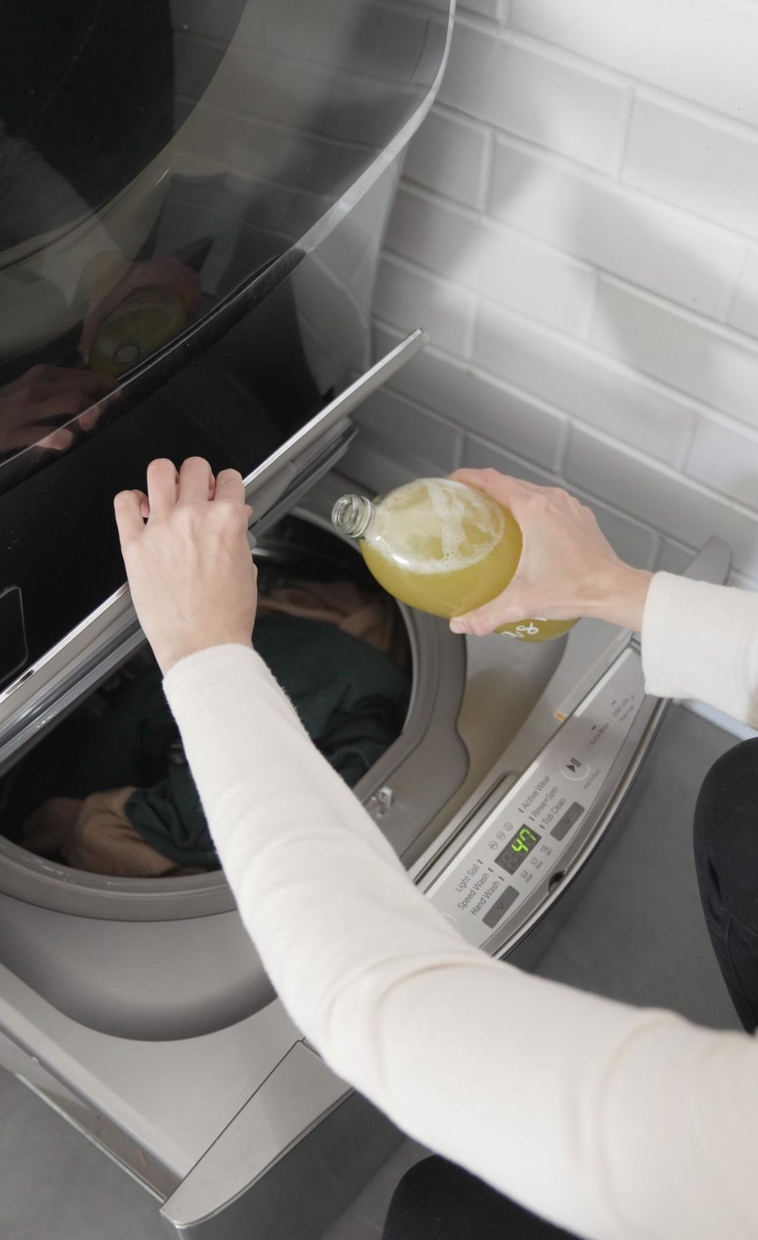 Use DIY wool wash