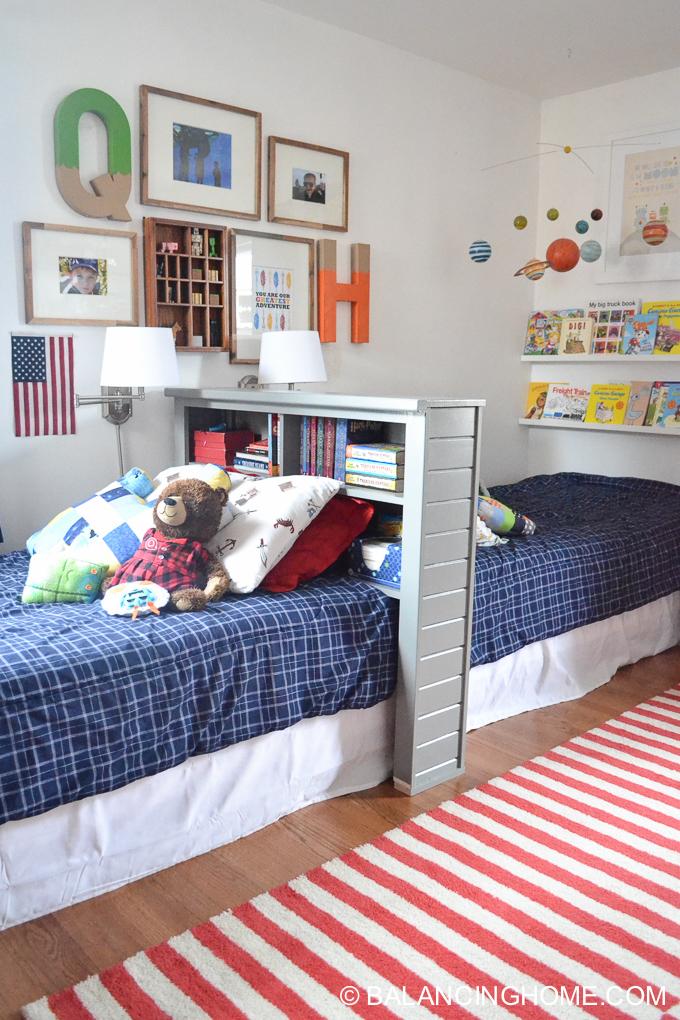 Back to back beds in shared kids bedroom