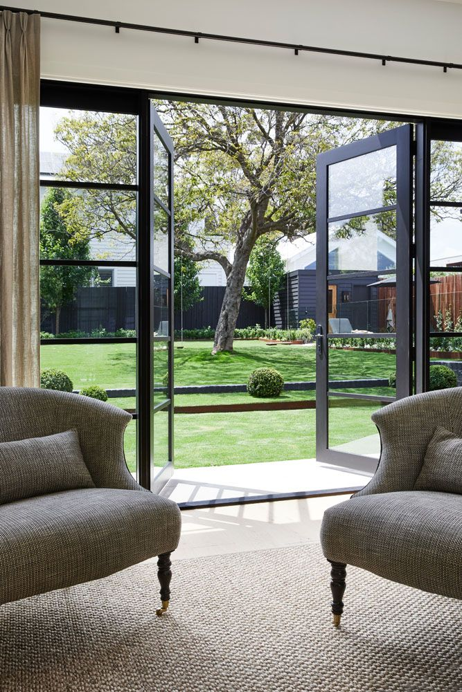 Modern farmhouse sitting room