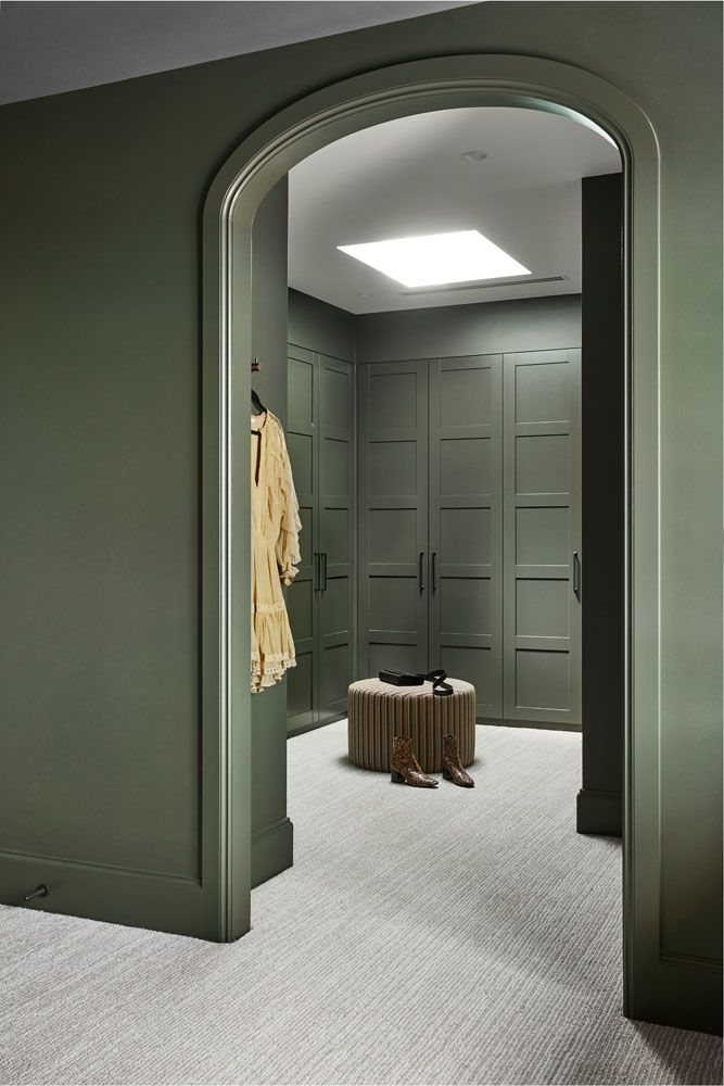 Ultimate dressing room