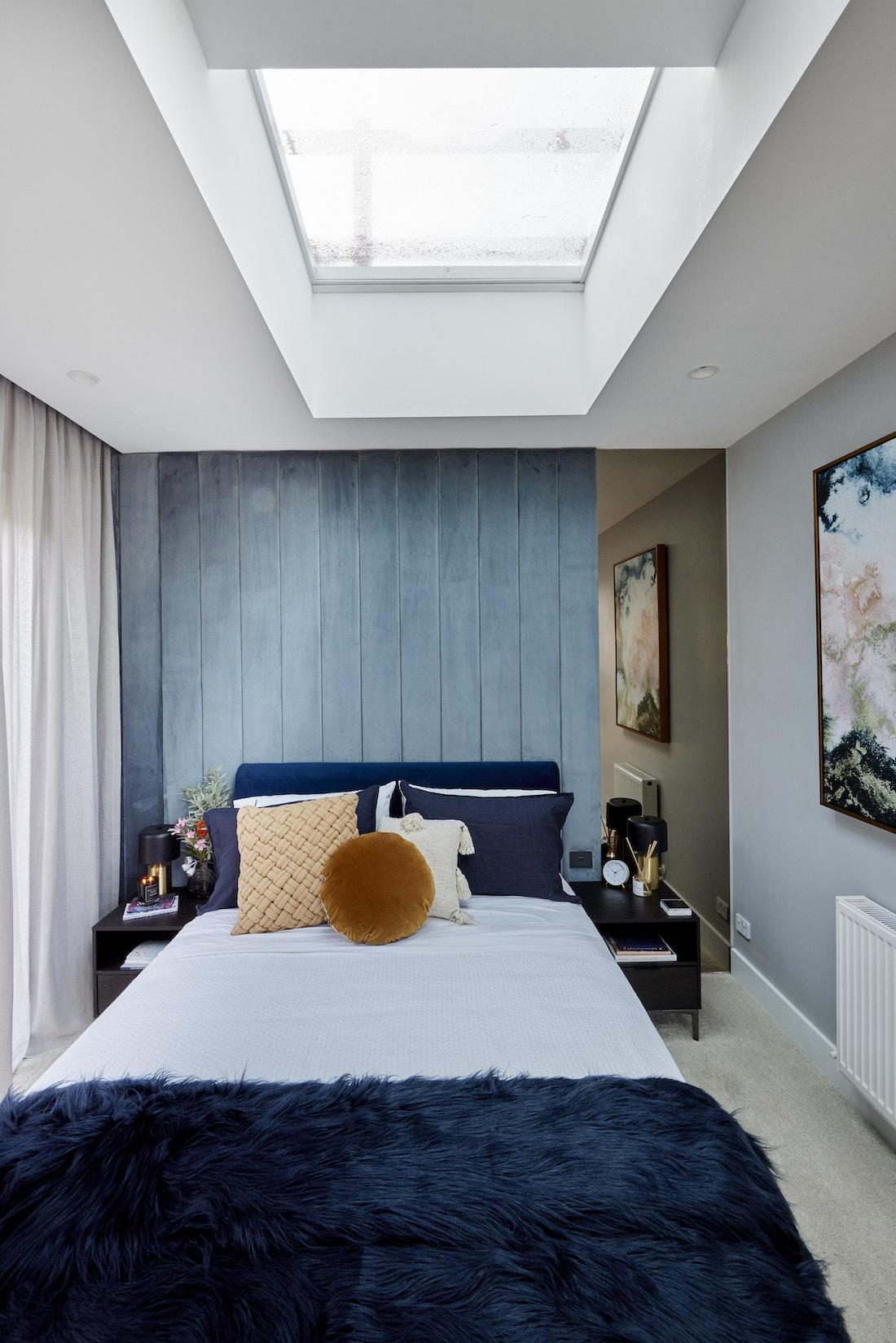 Guest bedroom in masculine tones
