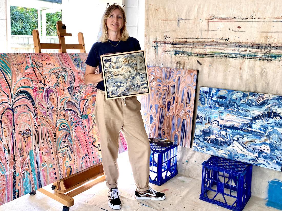 CarleyBourne_painter_Carley in studio