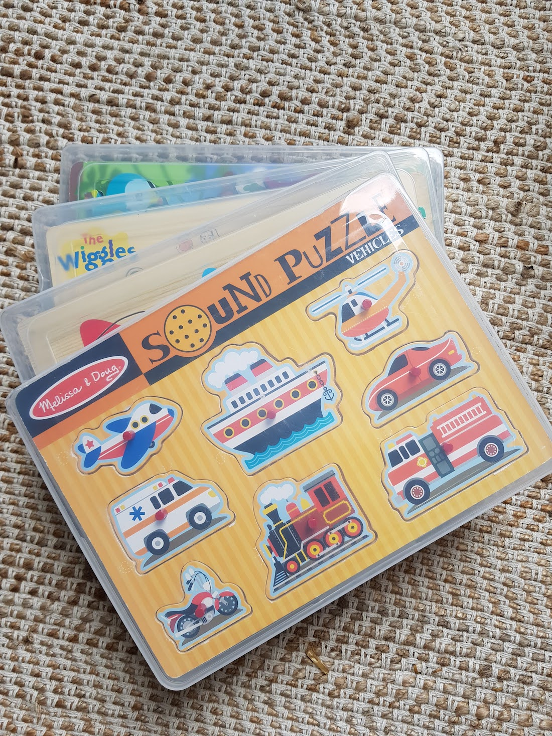 Storing puzzles in plastic A4 document holder