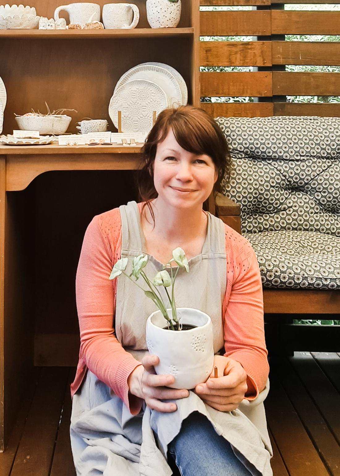 The Seasonal Ceramicist_Emma Fleetwood_imperfect textural ceramics