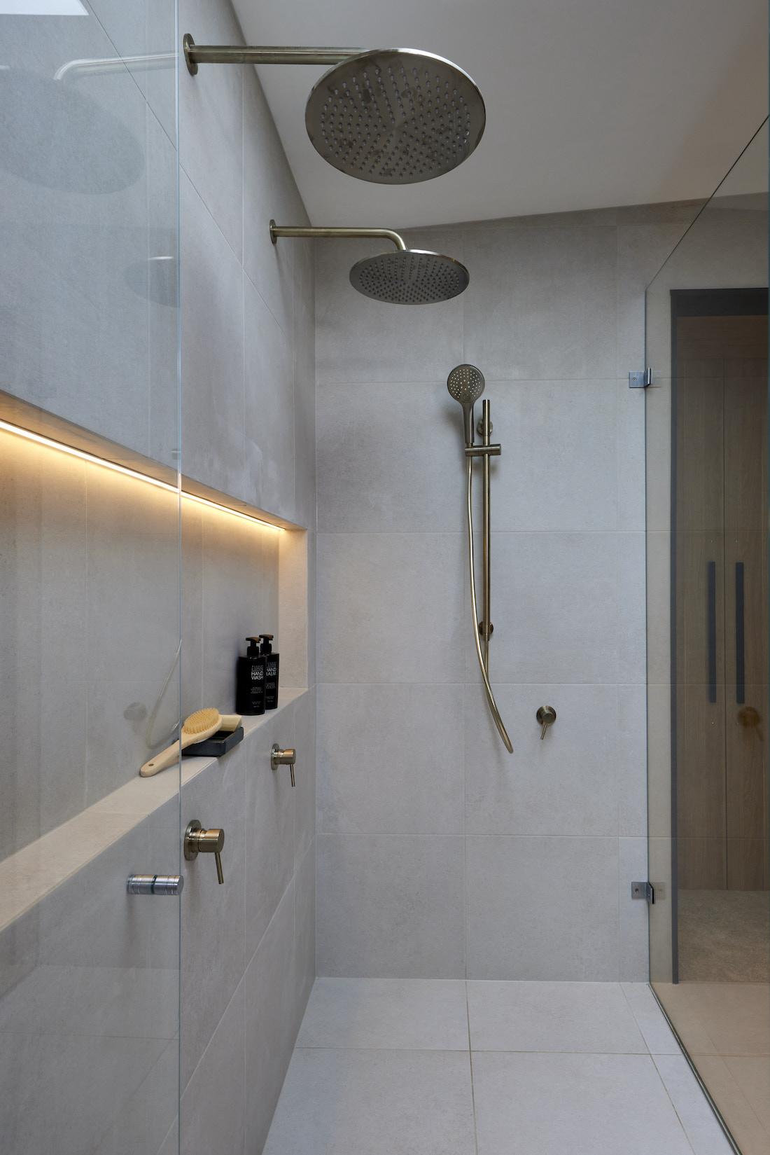 Light in shower niche in dual shower