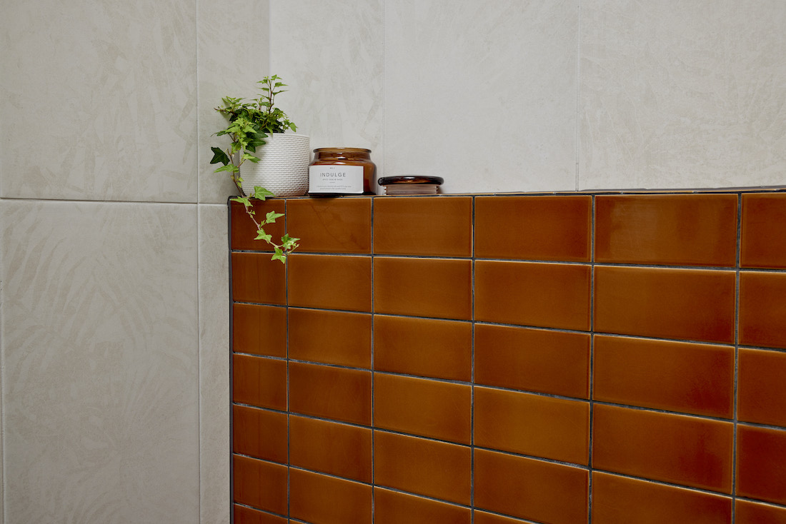 Brown feature wall in bathroom